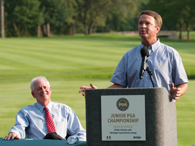 2012 U.S. Ryder Cup Captain Davis Love III addresses golfers at the Junior PGA Championship